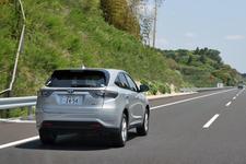 トヨタ 新型ハリアーハイブリッド(ELEGANCE)の高速道路燃費測定中/圏央道にて