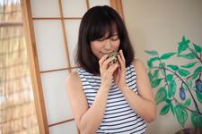 秩父の古民家チックなお蕎麦屋さんでランチ。織部風の湯のみでいただくお茶は埼玉県産の狭山茶。