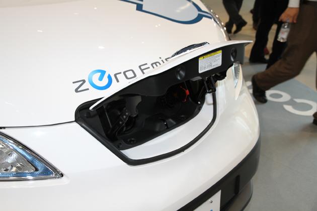 日産 電気自動車 e-NV200 新型車解説/渡辺陽一郎