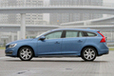 ボルボV60 Luxury Edition(ラグジュアリー・エディション)[特別仕様車/ボディカラー:パワーブルーメタリック]