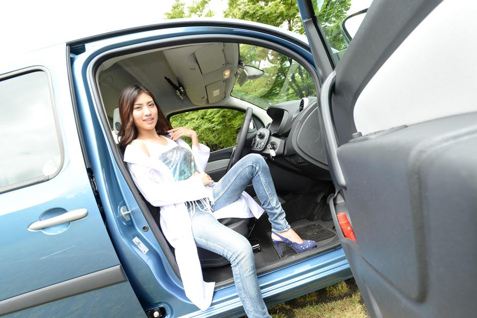 【女医】ルノー カングー ゼン 6MT/青山めぐの新型車診察しちゃうぞ