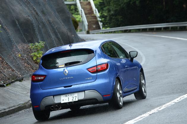 ルノー 新型 ルーテシア GT)[ボディカラー:ブルー マルトM] 試乗レポート/森口将之 2
