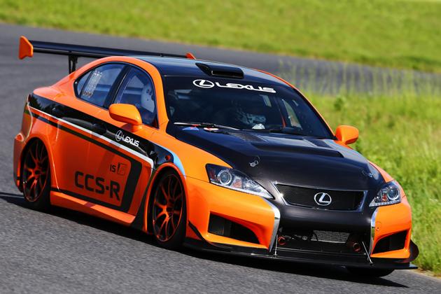 なんと!鈴木亜久里氏のドライビングによるサーキット同乗走行体験も!