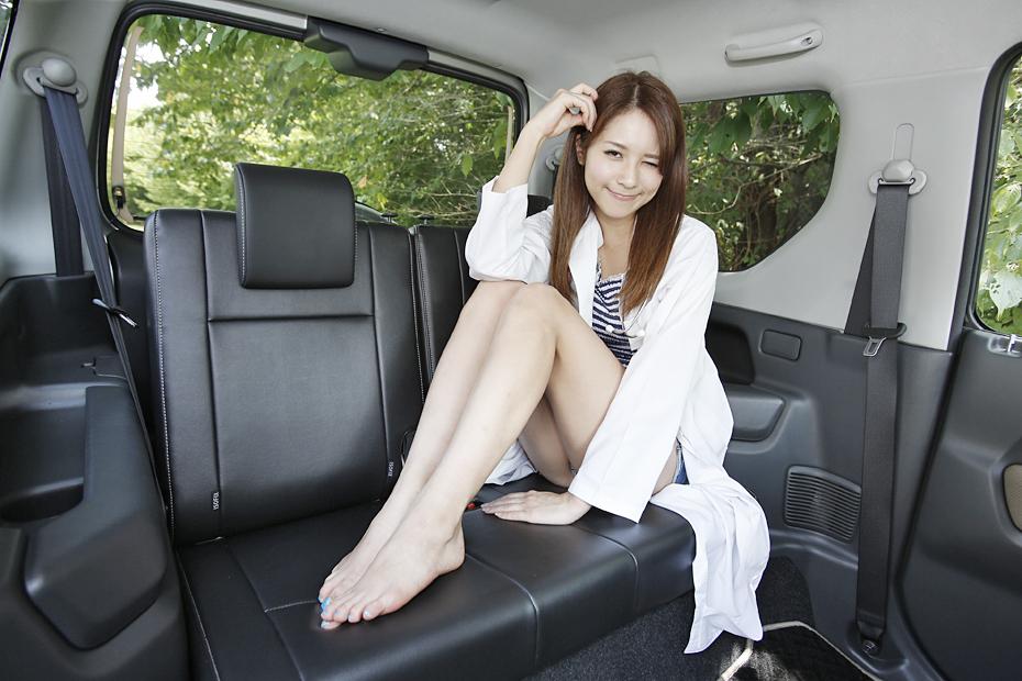 【女医】スズキ ジムニー/立花サキの新型車診察しちゃうぞ
