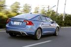 VOLVO S60 特別仕様車「S60 T4 R-DESIGN PLUS(アール デザイン プラス)」[ボディカラー:パワーブルーメタリック] 試乗レポート 2