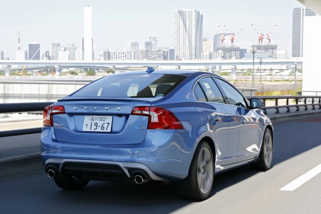 ボルボ V60・S60 特別仕様車「T4 R-デザイン プラス」「ラグジュアリー エディション」試乗レポート/松下宏