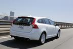 VOLVO V60 特別仕様車「V60 LUXURY EDTION(ラグジュアリー エディション)」[ボディカラー:クリスタルホワイトパール]試乗レポート 3