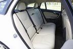 ボルボ V60 特別仕様車「V60 LUXURY EDTION(ラグジュアリー エディション)」[シート:ソフトベージュ/インテリア:アンスラサイトブラック/ソフトベージュ] インテリア