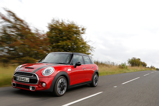 新型ミニ5ドア(F55)/Mini CooperS 5door