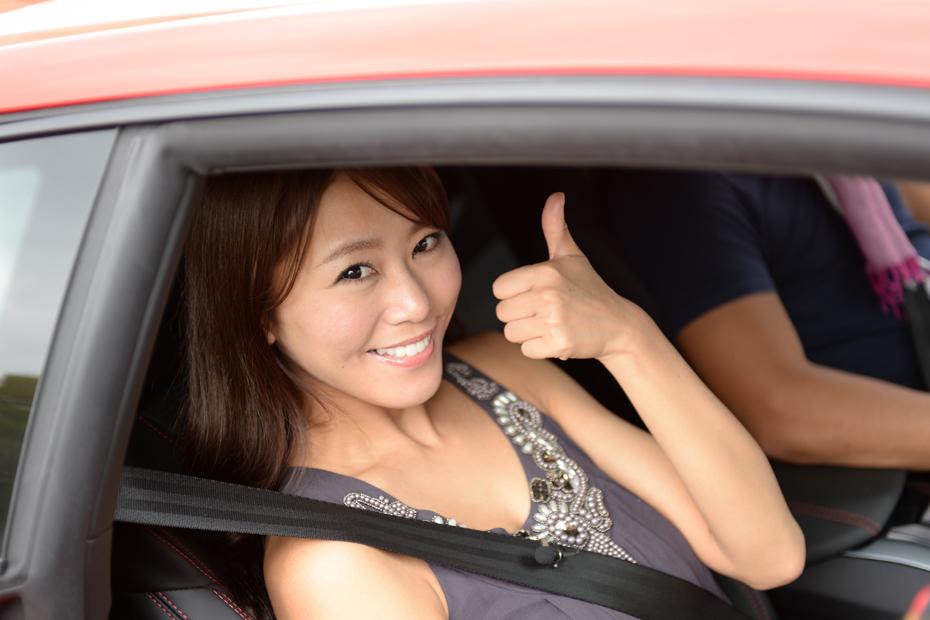 【女医】ランボルギーニ ウラカン/佐野真彩の新型車診察しちゃうぞ!