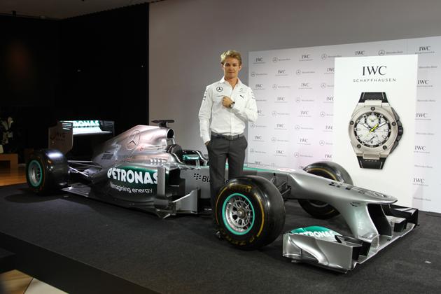 2014 F1日本GPでメルセデスのドライバーを務めるニコ・ロズベルグ選手