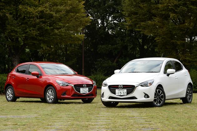 (右)マツダ 新型 デミオ XD Touring L Package[ディーゼル・6AT・FF/ボディカラー:スノーフレイクホワイトパールマイカ(特別色)]