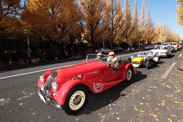 2013年公道パレードの様子/「トヨタ博物館 クラシックカー・フェスティバル in 神宮外苑」