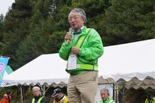 大会会長、全日本学生自動車連盟関東支部長 曽根 進氏