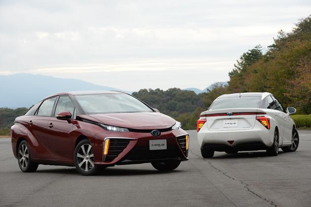 トヨタ 燃料電池自動車(FCV)「MIRAI(ミライ)」新型車解説/渡辺陽一郎