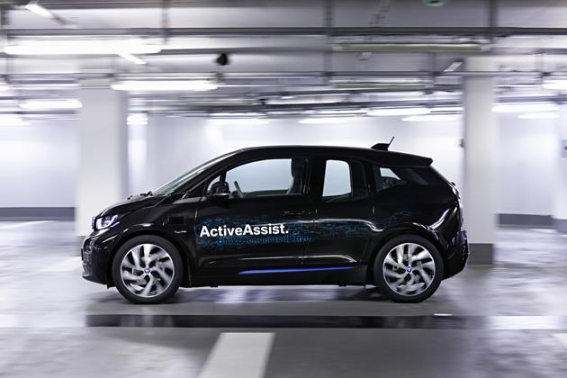 BMW/自走式立体駐車場における360° 衝突回避システムおよび全自動パーキング・システム