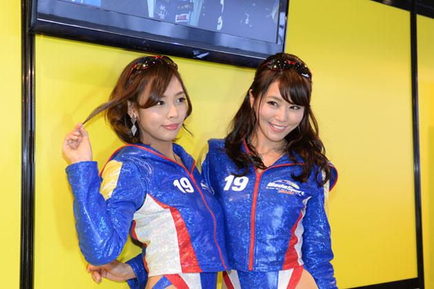 愛内ゆかりさん 佐野真彩さん・WedsSport Racing Gals/【東京オートサロン2015】