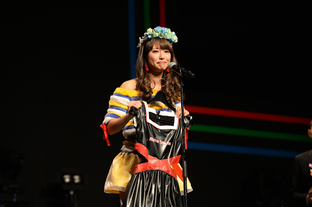 日野礼香さん/日本レースクイーン大賞【東京オートサロン2015】