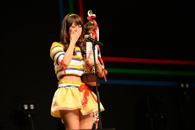 【速報!】2014年ファンが選ぶNo.1レースクイーンは日野礼香さんに決定!【東京オートサロン2015】