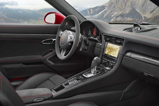 ポルシェ 新型 「911 Targa 4 GTS」(911タルガ 4 GTS)/インテリア