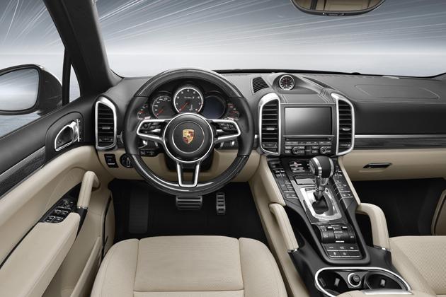 ポルシェ 新型「Cayenne Turbo S」(カイエンターボS)/インテリア・インパネ