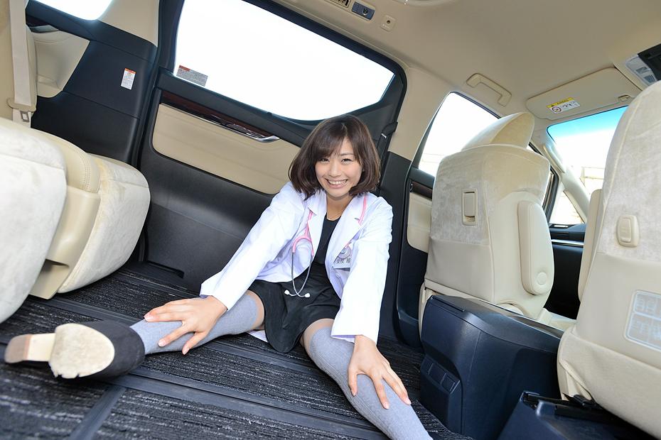 【女医】トヨタ 新型アルファード・ヴェルファイア/安枝瞳の新型車診察しちゃうぞ!