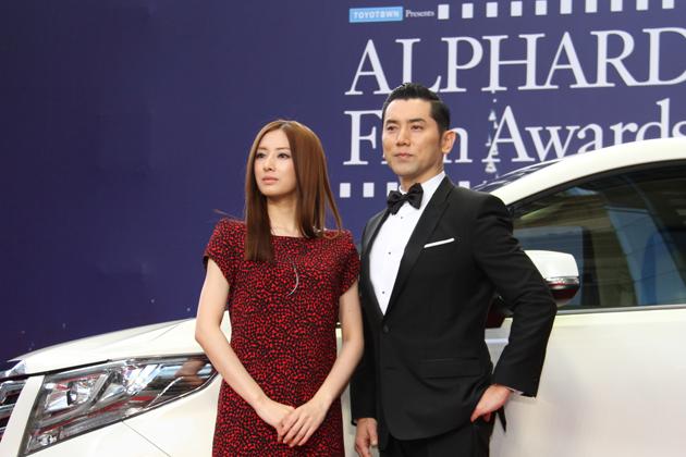 トヨタ 新型アルファードPRイベントに出席した北川景子さんと本木雅弘さん