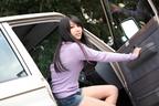 トヨタ ランドクルーザー70×木嶋ゆり【ドライブ美人】