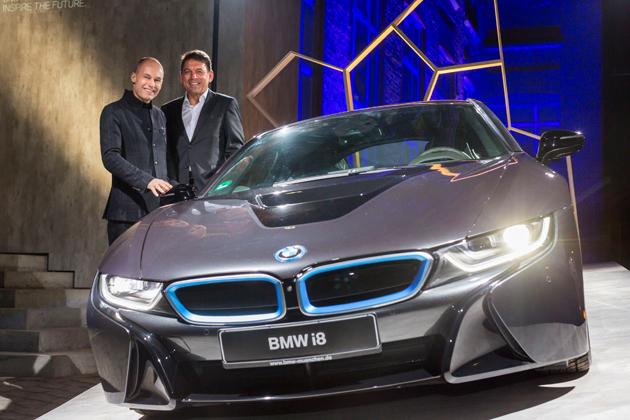 BMW、「i8」購入希望申込者を対象に厳選された数々の特別イベントを提供
