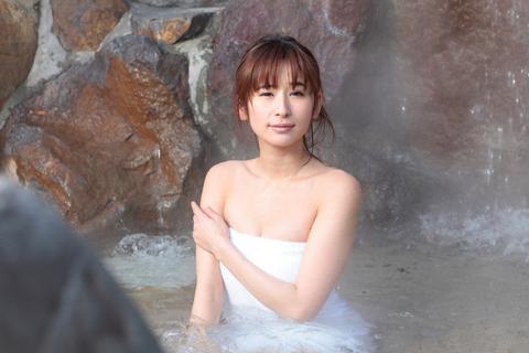 「大の温泉好きですが、私の名前と兵庫県の有馬温泉は特に関係ありません」とのこと。