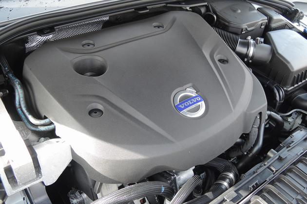 ボルボ V40に搭載されている「D4」エンジン