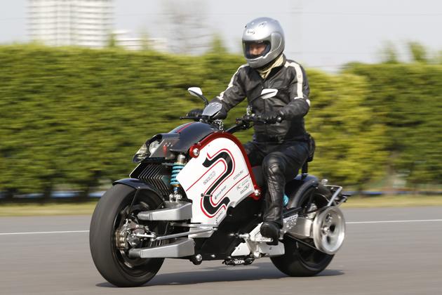 電動バイク「zecOO(ゼクー)」試乗レポート/森口将之