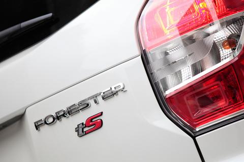 「tS」はかつての「tuned by Sti」の後継モデル。ライトチューンながら標準車とは別格の存在。