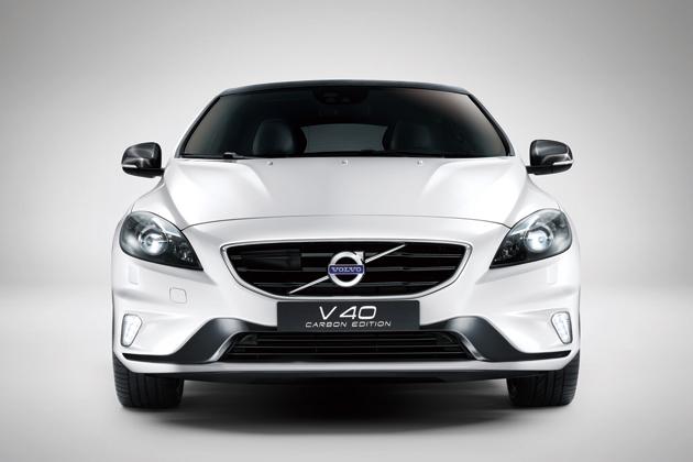 ボルボ V40 R-DESIGN Carbon Edition