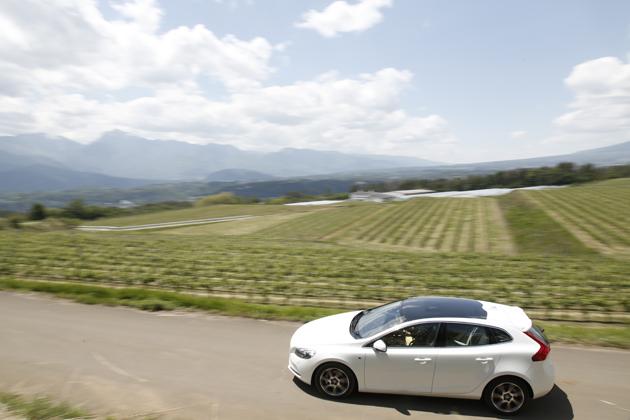 甲州ワインの底ヂカラ、知ってますか? ~「ボルボ V40」2015年モデルで巡る山梨ワイナリーの旅~