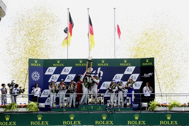 2014年のル・マン24時間レースの表彰式の様子