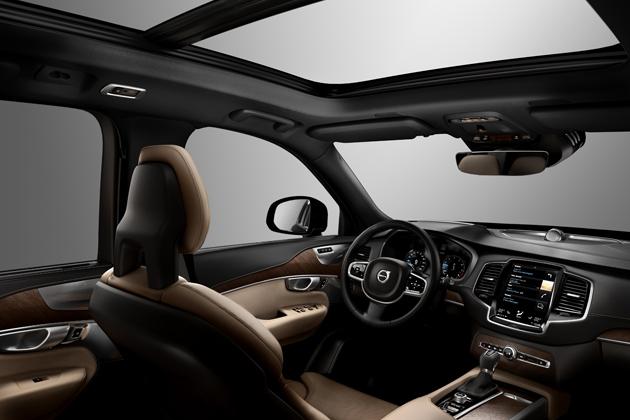 ボルボ 新型「XC90」(「Drive-E」)