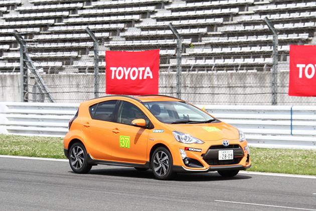 〝お手軽にレーシングドライバーやレースチーム監督気分を体験!〟「Eco Car Cup 2015」参戦レポート