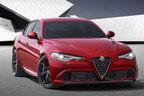 フェラーリ由来のV6エンジンにFR、新生アルファ ロメオの第1弾!「ジュリア」初公開