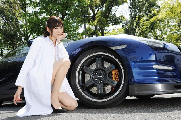 日産「GT-R」×美波千夏さん