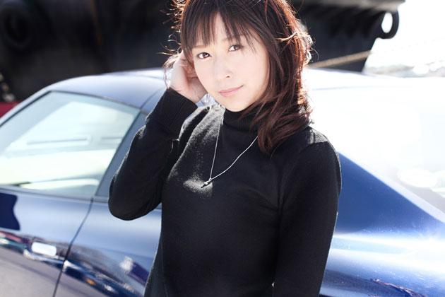 日産「GT-R」×吉沢七海さん
