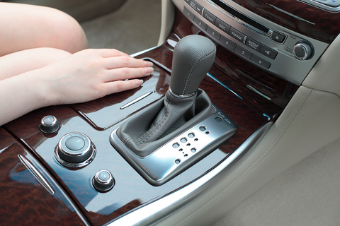 プレミアムカーに相応しい、高品質なウッドパネルも好印象とのこと。