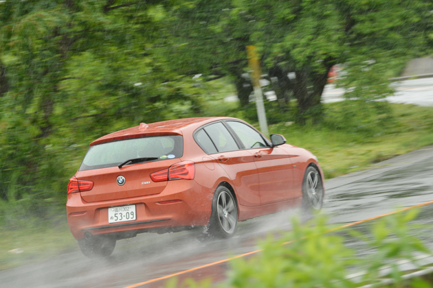 BMW 118i Sport/ボディカラー:ヴァレンシア・オレンジ/インテリアカラー:ブラック