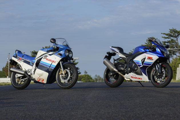 初代「GSX‐R750」(左)と「GSX‐R1000 30周年記念カラー」(右)