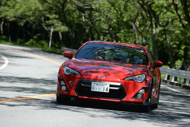TRD 14R-60・14R(トヨタ 86 コンプリートカー)試乗レポート/山本シンヤ