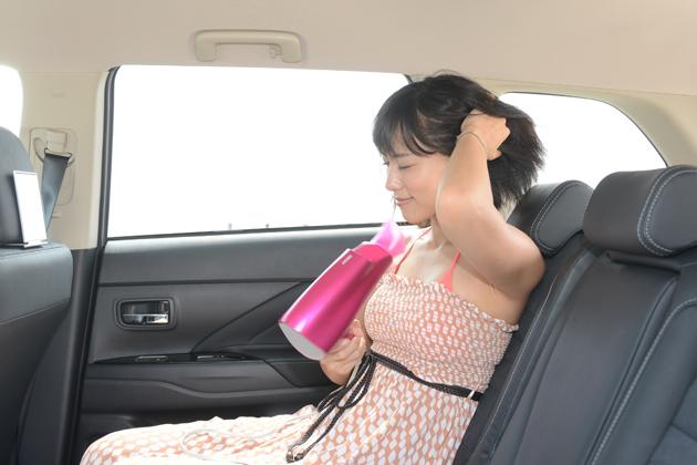 アウトランダーPHEVなら、車内でドライヤーも使えてしまいます