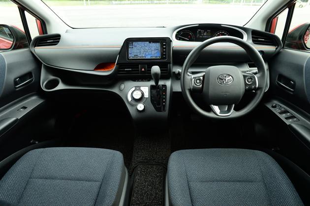 トヨタ 新型シエンタ