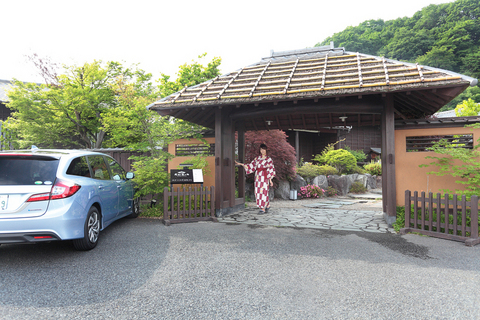 「ホンダ・ジェイド×浴衣美女×温泉旅館」=悶絶コラボ!