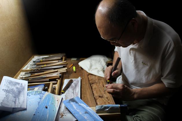 富山の伝統工芸品である井波彫刻