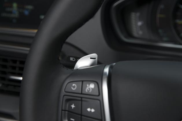 ボルボ V40 T3(「Drive-E」新開発  1.5リッターガソリン 直噴ターボエンジン搭載モデル)試乗レポート/大谷達也